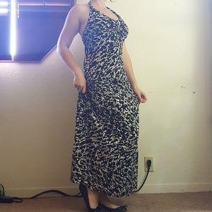 Dana Buchman Halter Top Maxi Dress Size Large